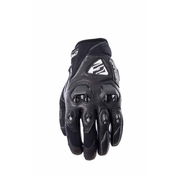 FIVE Stunt Evo leather black.